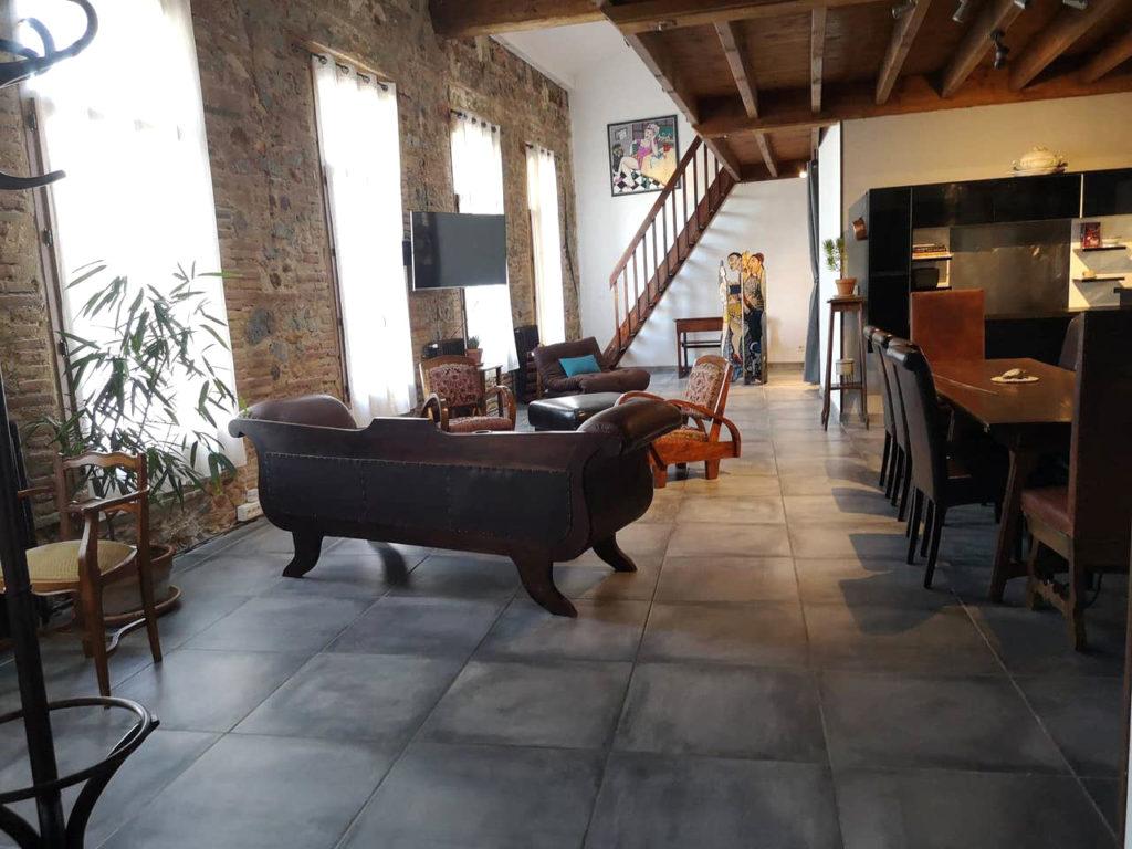 Espace de vie avec cuisine salon et salle à manger Loft