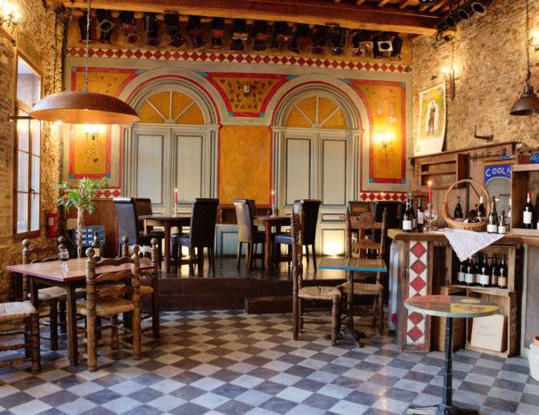 Salle El Castell, bar à vins tapas