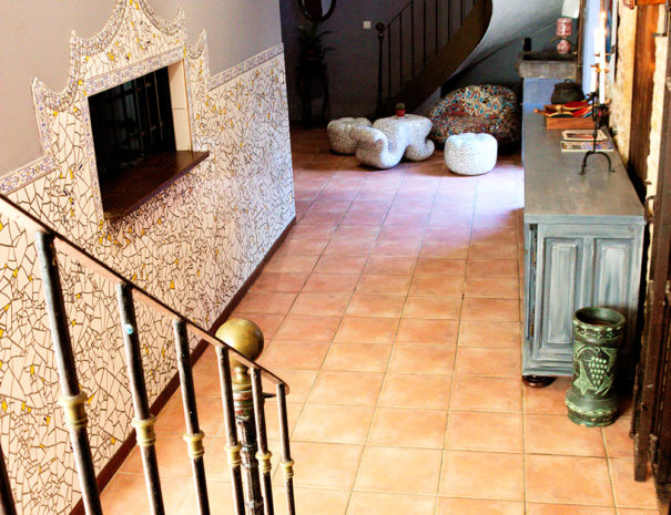 Cuisine El Castell et accès aux chambres